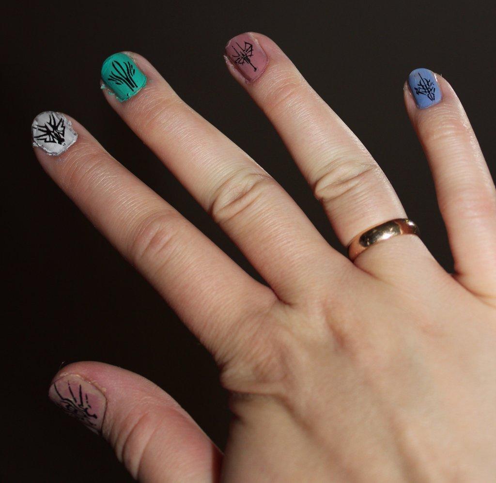 SA Radiant Glyphs Nail Art (right)