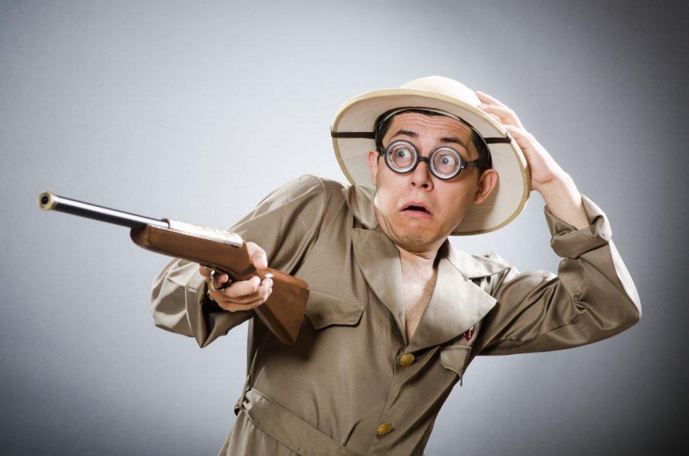 scared-man-with-gun-adobe.thumb.jpeg.0c824ba73df6fde2c73096d86b1a9a71.jpeg